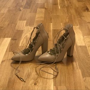 Saks Fifth Ave 5.5 Lace Up Tan Leather Pump
